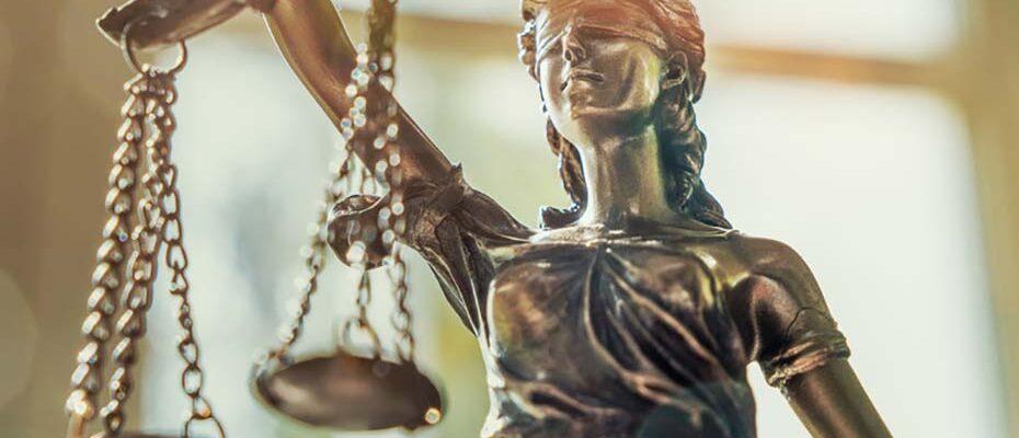 Wird das Ergebnis der Bundestagswahl 2017 das Stimmensplitting auf dem Rechtsweg zu Fall bringen?|© AA+W - stock.adobe.com