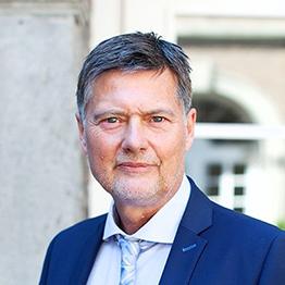 Studiengangsleiter Wirtschaftsrecht Rheinischen Fachhochschule Köln